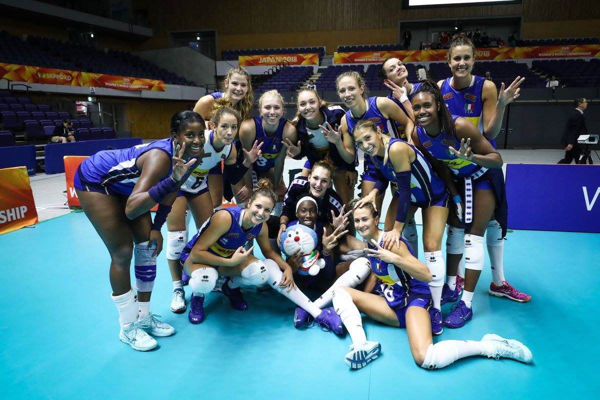 2018 Volleyball Women's World Championship: the Italian and Dutch teams go through to the second round on maximum points! Puerto Rico qualify as well!
