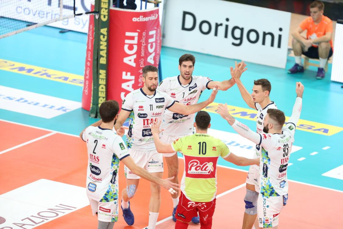 Poland - Volleyball Men's Club World Championship from 26 November to 2 December Trentino Volley and Zenit Kazan take to the court for Erreà!