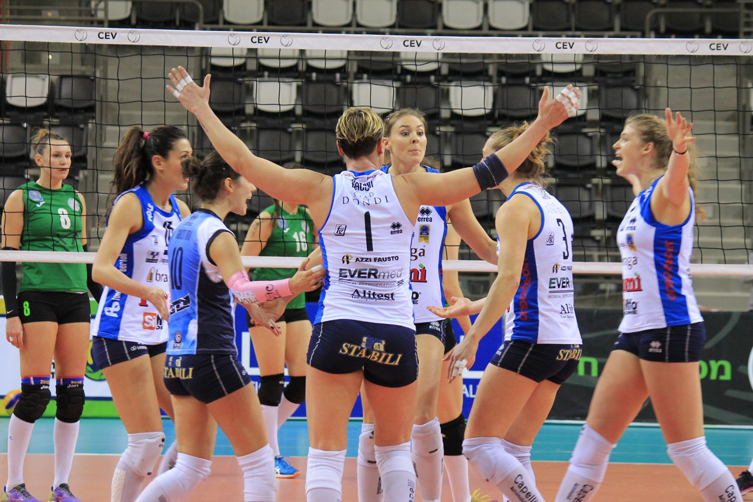 Pomì Casalmaggiore is through to the quarter finals of the CEV Cup!