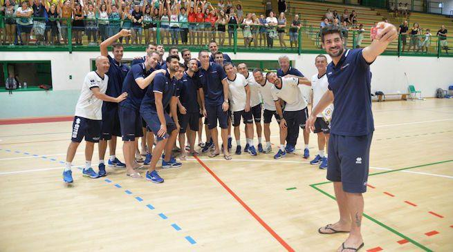 News Volleyball Trento And Zenit Kazan Compete In The Volleyball Club World Championship In Brazil Errea