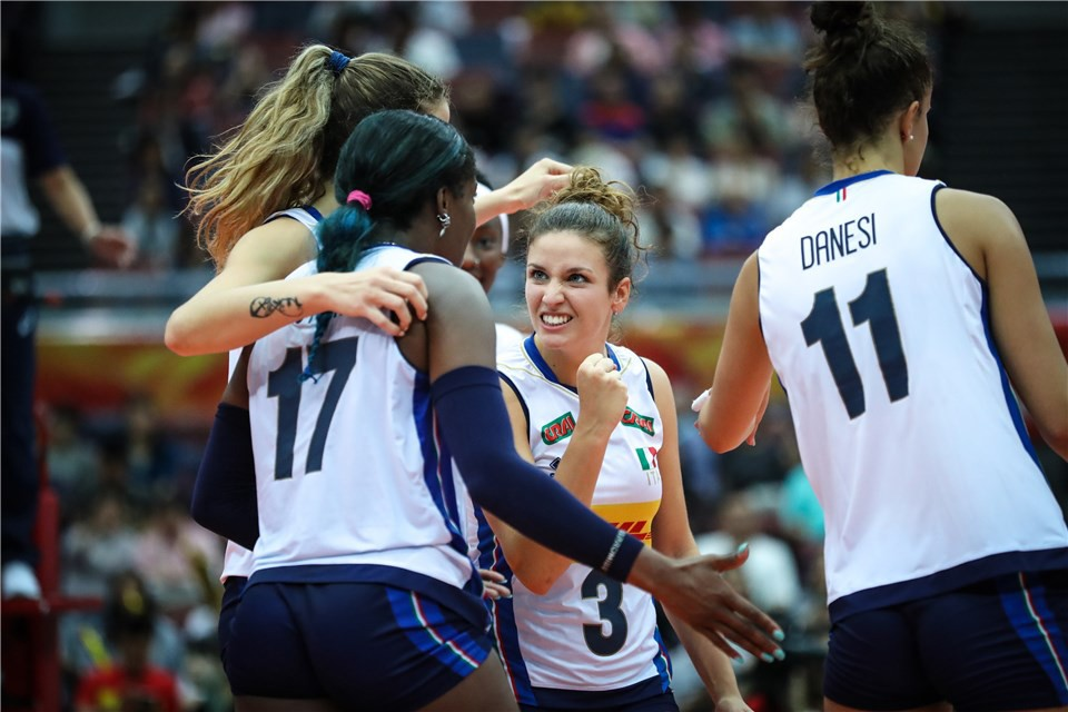 Women's World Championship 2018: Italy and the Netherlands are in the semifinals! Their opponents will be China and Serbia!