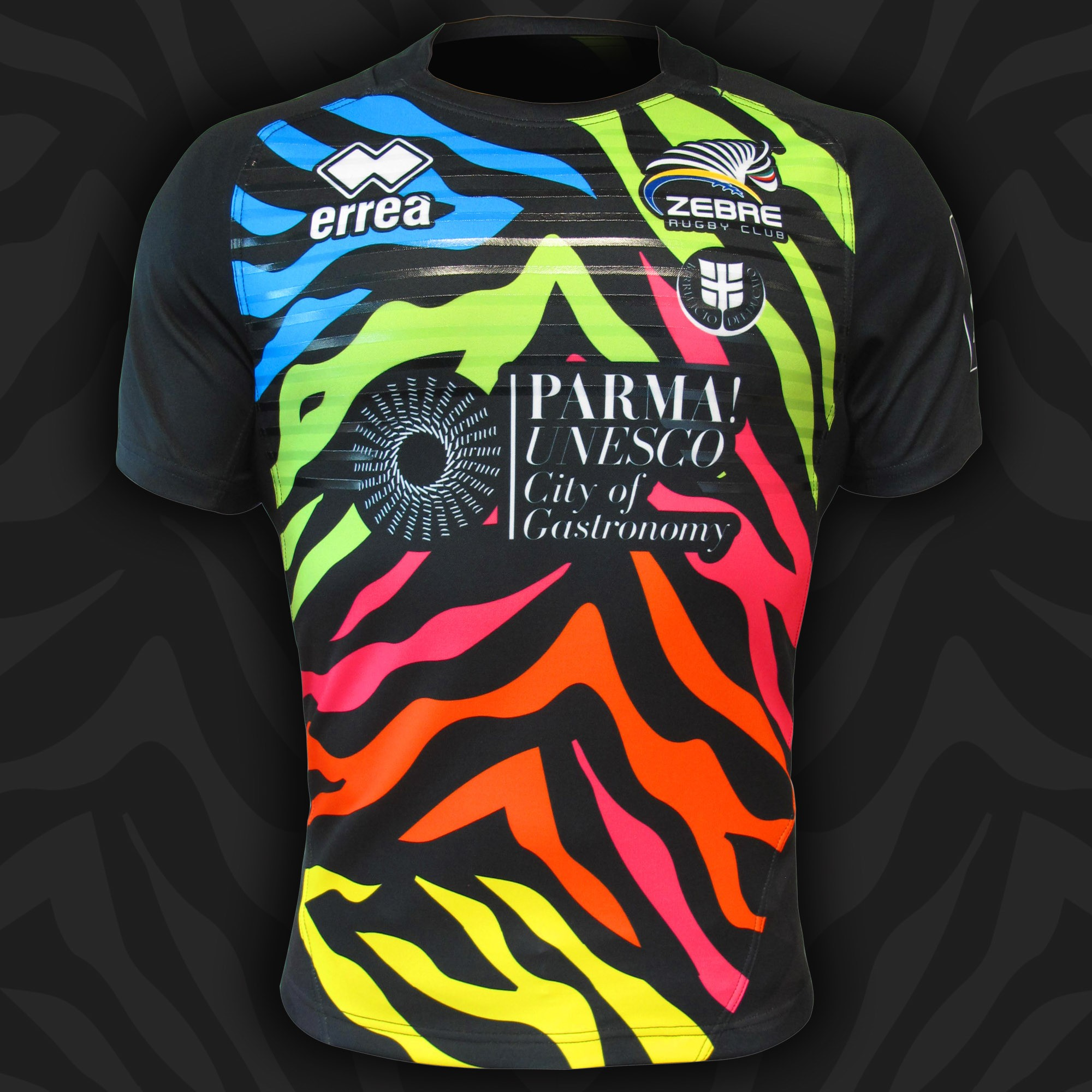 Zebre have taken to the pitch against the Cheetahs sporting their new second kit from Erreà!